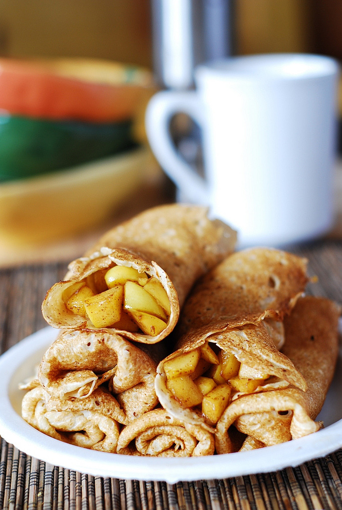 Recipe: Apple Cinnamon Crepes