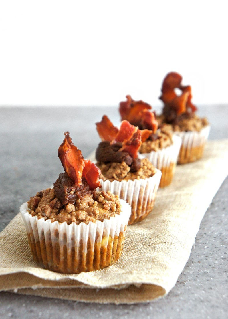 Banana Muffins with Peanut Butter and Bacon Streusel