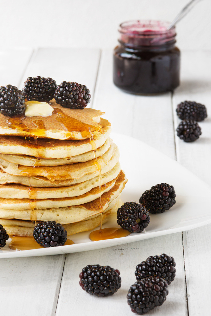 Pancakes with Blackberries and Maple Syrup