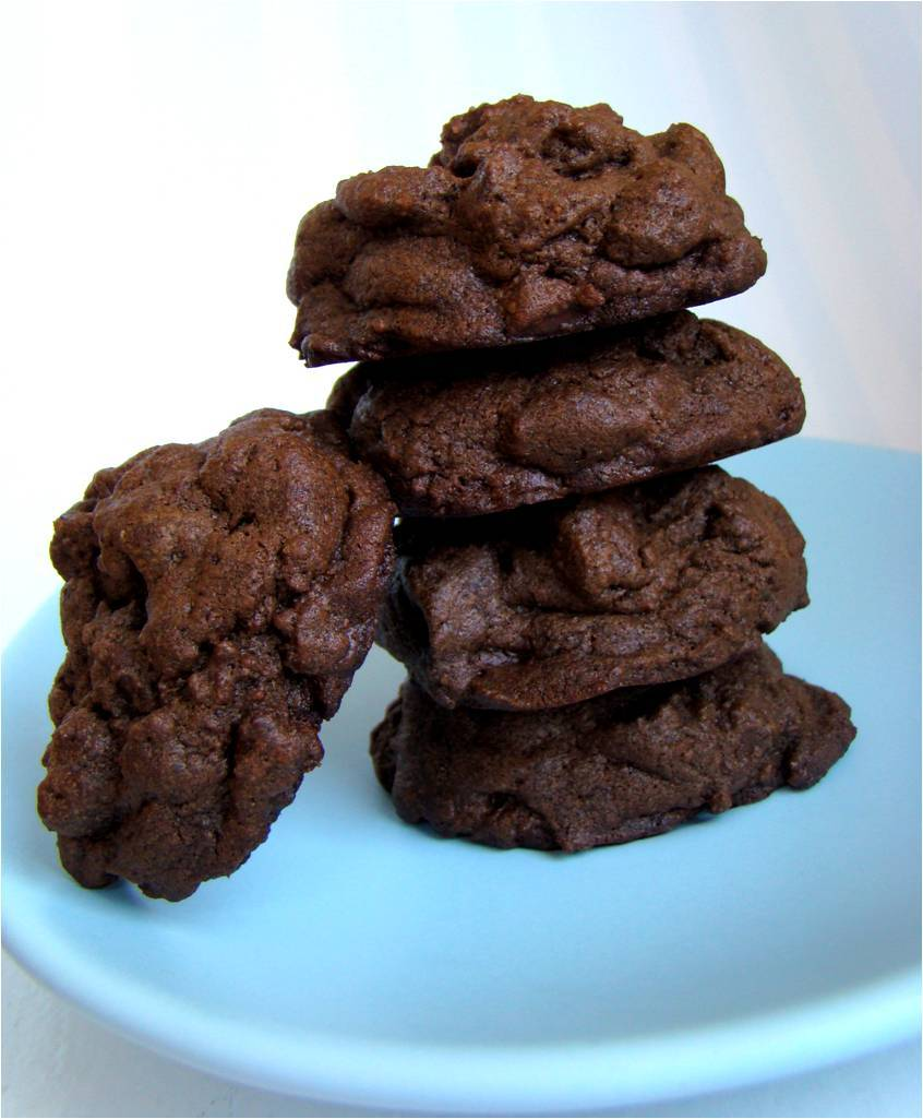 Recipe: Chocolate Mint Cookie Mounds
