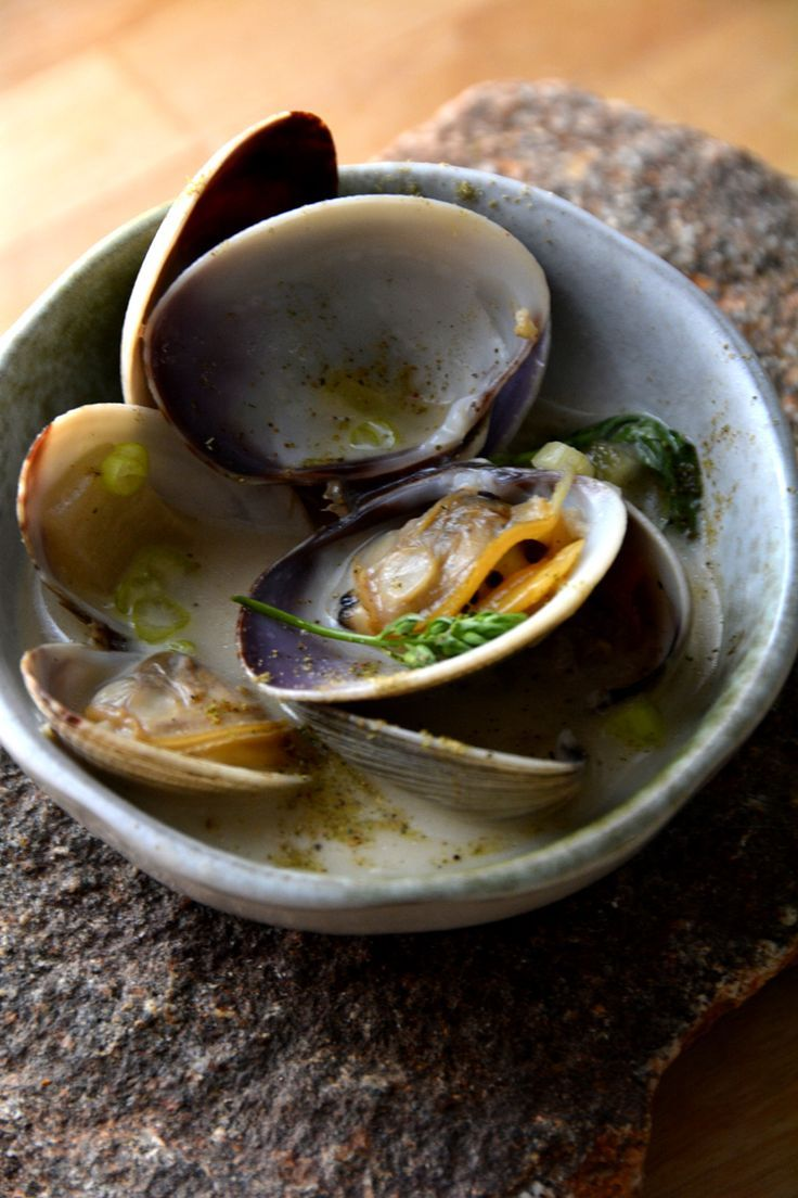 Clams Cooked in Beer & Cream
