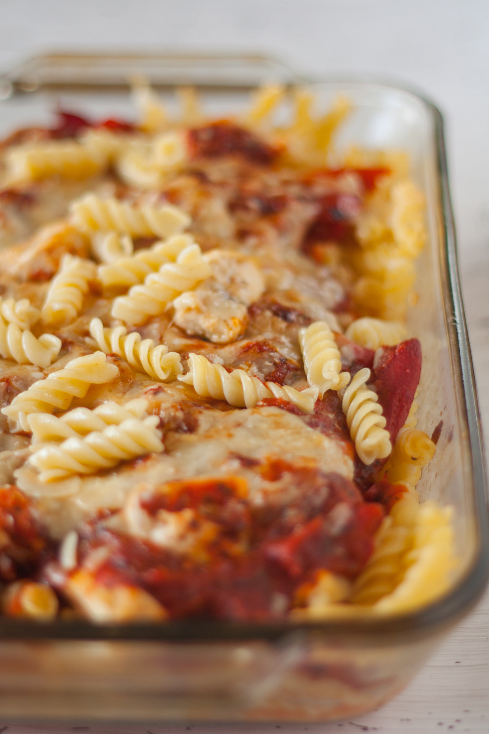 Roasted Red Pepper and Chicken Parmesan Pasta Bake (Plating Pixels)