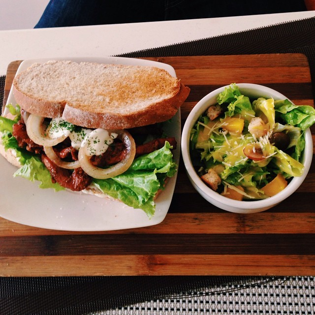 Barbecue Chicken Sandwich with Salad. Photo by pandaimeeceatsIG