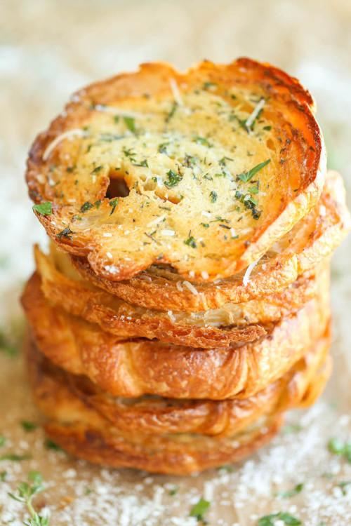 Garlic Bread CroissantsSource