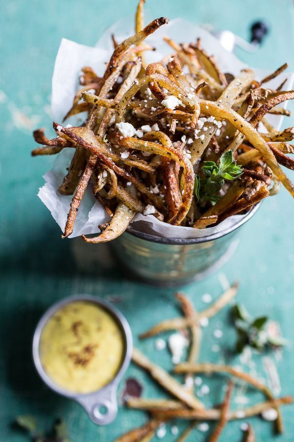 Skinny Greek Feta Fries with Roasted Garlic Saffron Aioli. (via http